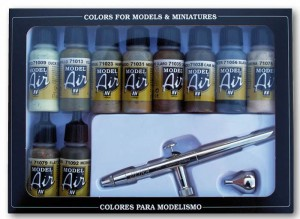 Vallejo 71168 Model Air - Airbrush Ultra H.S. + 10 Camouflage Colors